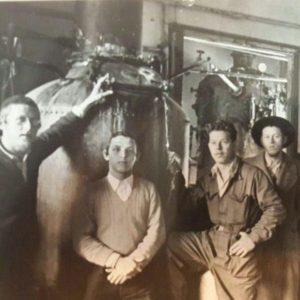 המזקקה 1955