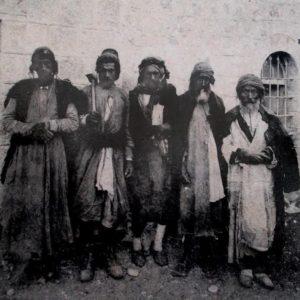 פועלים בכרם אברהם
